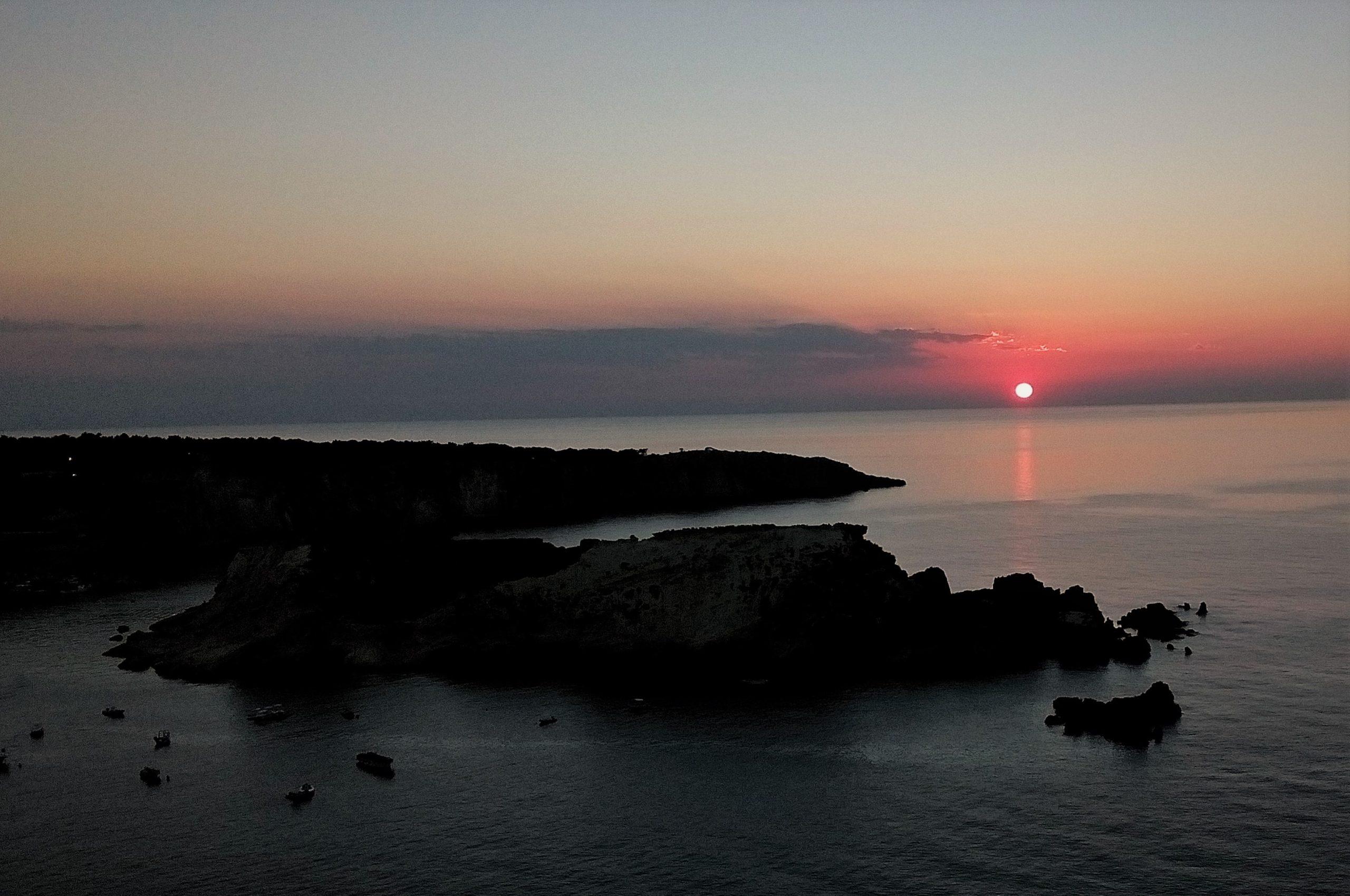 cretaccio la vecchia fantasmi isole tremiti tramonto